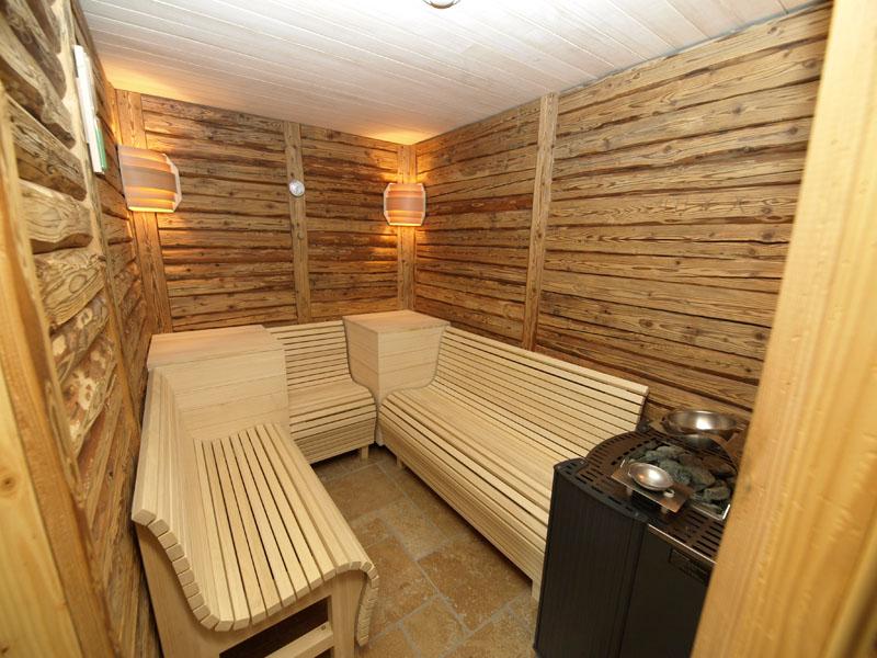 natur landhaus krone maierh fen schreinerei burchert. Black Bedroom Furniture Sets. Home Design Ideas